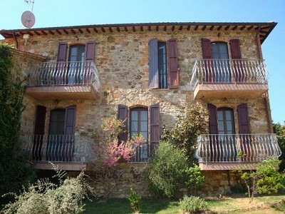 Image 2 | 8 bedroom farmhouse for sale with 2,000m2 of land, Panicale, Perugia, Umbria 180848