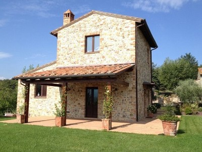 Image 2 | 2 bedroom house for sale with 2,000m2 of land, Piegaro, Perugia, Umbria 180864