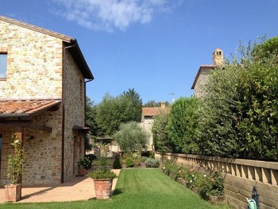 Image 3 | 2 bedroom house for sale with 2,000m2 of land, Piegaro, Perugia, Umbria 180864