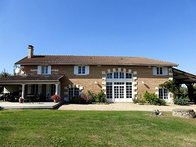 5 bedroom commercial property for sale, La Roche Chalais, Dordogne, Dordogne Perigord Vert