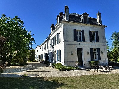 8 bedroom French chateau for sale, Sud Ouest France  South West France, Dordogne, Aquitaine