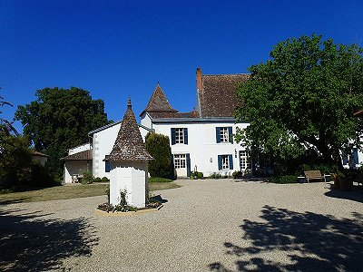 Image 9 | 8 bedroom French chateau for sale with 2.64 hectares of land, Sud Ouest France  South West France, Dordogne , Aquitaine 181003