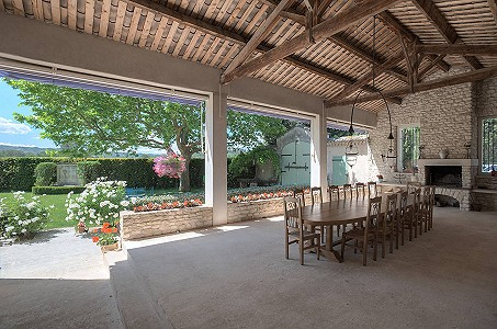 Image 10 | 12 bedroom farmhouse for sale with 31 hectares of land, Orgon, Bouches-du-Rhone , Luberon 181100