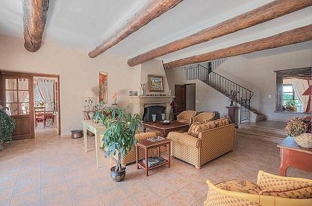 Image 11 | 12 bedroom farmhouse for sale with 31 hectares of land, Orgon, Bouches-du-Rhone , Luberon 181100
