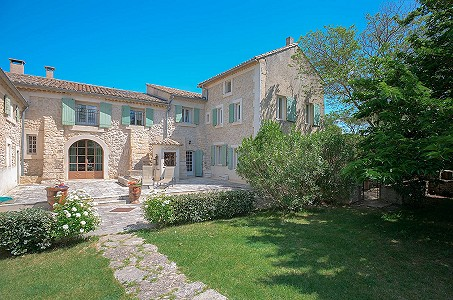 Image 2 | 12 bedroom farmhouse for sale with 31 hectares of land, Orgon, Bouches-du-Rhone , Luberon 181100