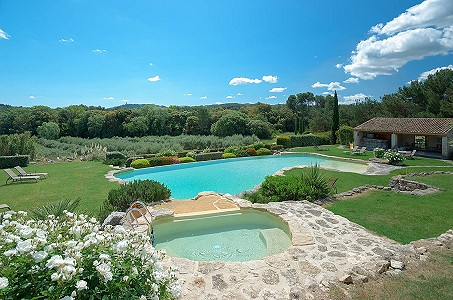 Image 4 | 12 bedroom farmhouse for sale with 31 hectares of land, Orgon, Bouches-du-Rhone , Luberon 181100