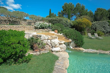 Image 6 | 12 bedroom farmhouse for sale with 31 hectares of land, Orgon, Bouches-du-Rhone , Luberon 181100