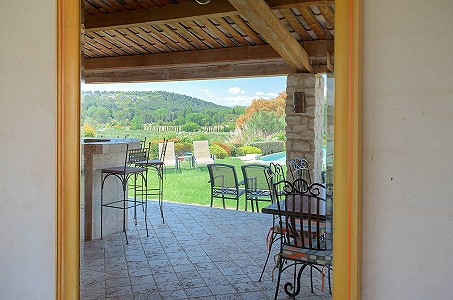 Image 9 | 12 bedroom farmhouse for sale with 310,000m2 of land, Orgon, Bouches-du-Rhone , Luberon 181100