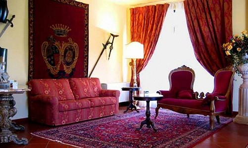 Image 3   Beautiful 67 Bedroom Hotel in Tuscany for Sale 181243