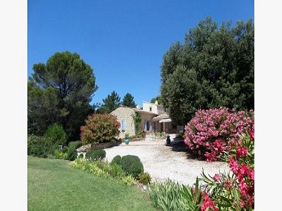 3 bedroom villa for sale, Lourmarin, Vaucluse, Provence