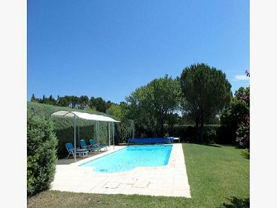 Image 2 | 3 bedroom villa for sale with 0.48 hectares of land, Lourmarin, Vaucluse , Provence 181532