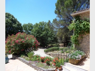 Image 7 | 3 bedroom villa for sale with 0.48 hectares of land, Lourmarin, Vaucluse , Provence 181532