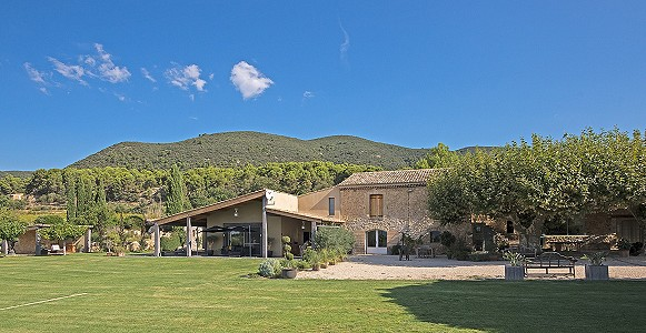 Image 2 | 6 bedroom farmhouse for sale with 8 hectares of land, Lourmarin, Vaucluse , Luberon 181606