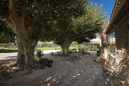 Image 4 | 6 bedroom farmhouse for sale with 8 hectares of land, Lourmarin, Vaucluse , Luberon 181606