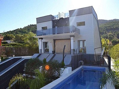 5 bedroom villa for sale, Alhaurin De La Torre, Malaga Costa del Sol, Andalucia