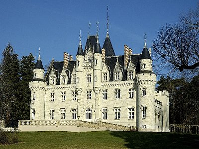 One of many French Chateaux for sale in the Aquitaine