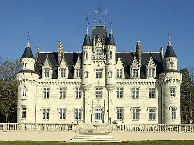 Image 2 | One of many French Chateaux for sale in the Aquitaine 182383