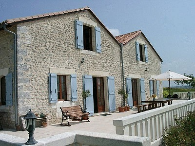 Image 2 | 10 bedroom house for sale with 0.6 hectares of land, Salles Lavalette, Charente , Poitou-Charentes 182606