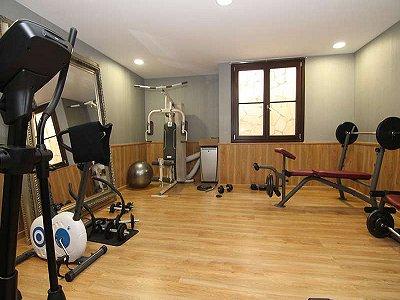 Image 12   7 bedroom villa for sale with 4,069m2 of land, Marbella Club Golf Resort, Benahavis, Malaga Costa del Sol, Andalucia 182744