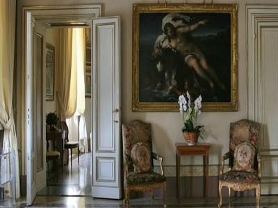 Outstanding palazzo in the heart of Florence