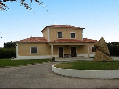 Image 3   3 bedroom villa for sale with 0.69 hectares of land, Lourinha, Lisbon District, Costa de Prata Silver Coast 183014