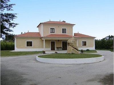 Image 5   3 bedroom villa for sale with 0.69 hectares of land, Lourinha, Lisbon District, Costa de Prata Silver Coast 183014