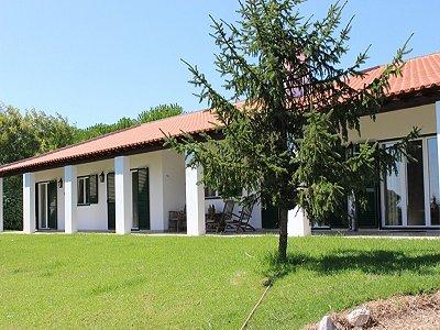 Image 1 | 6 bedroom villa for sale with 1.3 hectares of land, Moita dos Ferreiros, Lisbon District, Costa de Prata Silver Coast 183034