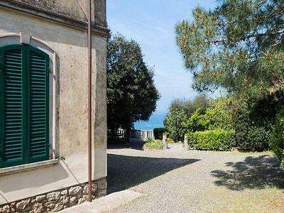 Image 22   6 bedroom villa for sale with 1,600m2 of land, Castiglioncello, Livorno, Tuscany 183147