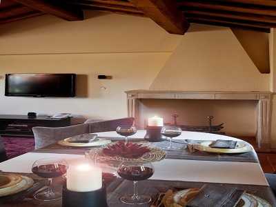Image 16 | 9 bedroom farmhouse for sale with 10 hectares of land, Florence, Chianti Wine Region 183407