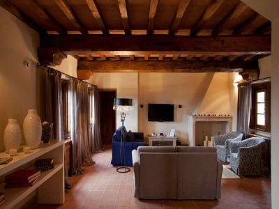 Image 24 | 9 bedroom farmhouse for sale with 10 hectares of land, Florence, Chianti Wine Region 183407