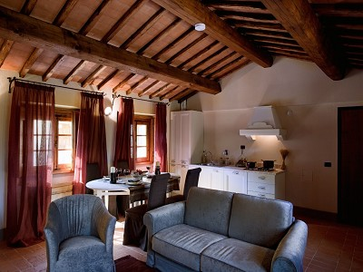 Image 26 | 9 bedroom farmhouse for sale with 10 hectares of land, Florence, Chianti Wine Region 183407
