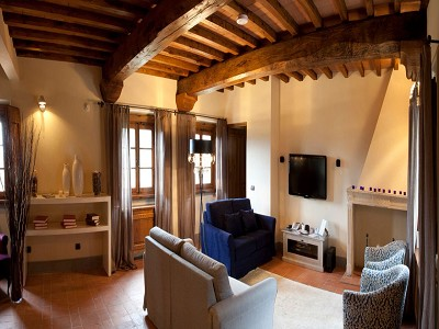 Image 30 | 9 bedroom farmhouse for sale with 10 hectares of land, Florence, Chianti Wine Region 183407