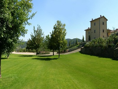 Image 32 | 9 bedroom farmhouse for sale with 10 hectares of land, Florence, Chianti Wine Region 183407