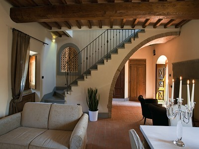 Image 8 | 9 bedroom farmhouse for sale with 10 hectares of land, Florence, Chianti Wine Region 183407