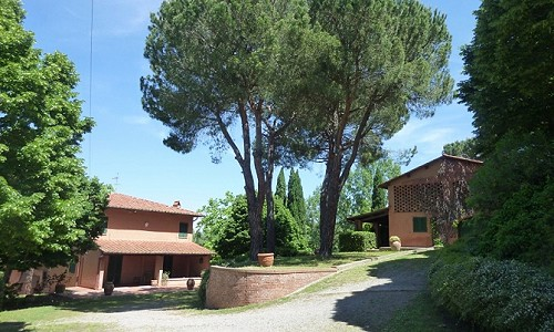 Image 2   4 bedroom farmhouse for sale with 11.5 hectares of land, Palaia, Pisa, Tuscany 183459