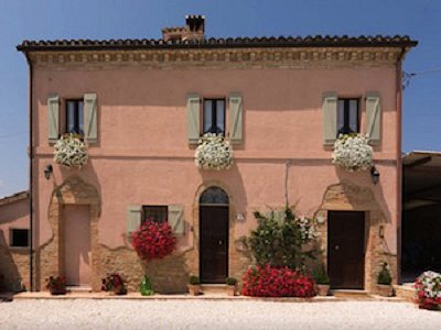 3 bedroom house for sale, Marche, Macerata, Marche