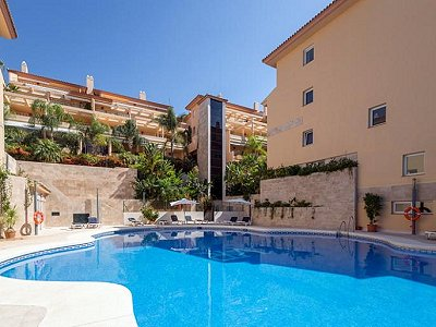 2 bedroom apartment for sale, Puerto Banus, Malaga Costa del Sol, Andalucia