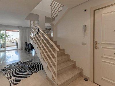 Image 10 | 2 bedroom apartment for sale, Puerto Banus, Malaga Costa del Sol, Andalucia 183742