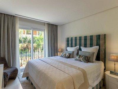Image 11 | 2 bedroom apartment for sale, Puerto Banus, Malaga Costa del Sol, Andalucia 183742