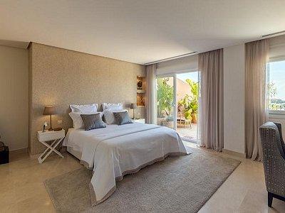 Image 12 | 2 bedroom apartment for sale, Puerto Banus, Malaga Costa del Sol, Andalucia 183742