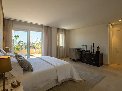 Image 13 | 2 bedroom apartment for sale, Puerto Banus, Malaga Costa del Sol, Andalucia 183742