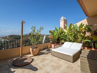 Image 15 | 2 bedroom apartment for sale, Puerto Banus, Malaga Costa del Sol, Andalucia 183742