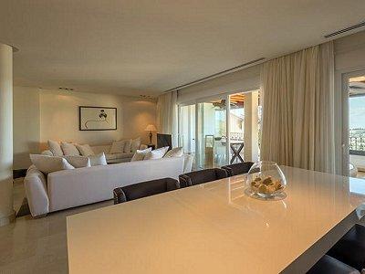 Image 6 | 2 bedroom apartment for sale, Puerto Banus, Malaga Costa del Sol, Andalucia 183742