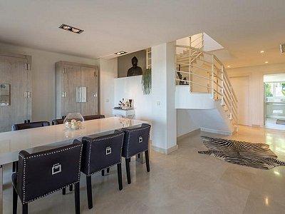 Image 8 | 2 bedroom apartment for sale, Puerto Banus, Malaga Costa del Sol, Andalucia 183742