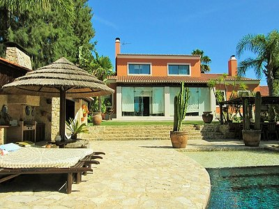 Image 2 | 5 bedroom villa for sale with 0.24 hectares of land, Azeitao, Setubal District, Alentejo Southern Portugal 183855