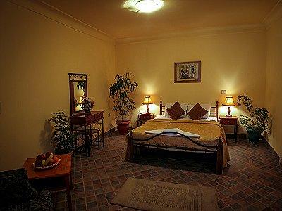 Image 13 | 100 bedroom hotel for sale, Alexandria 184048