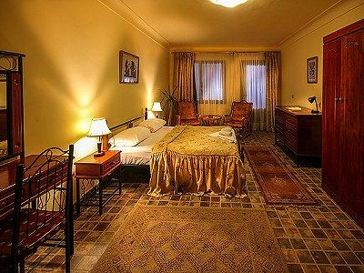 Image 14 | 100 bedroom hotel for sale, Alexandria 184048