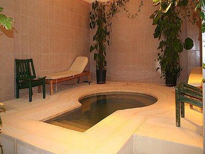 Image 26 | 100 bedroom hotel for sale, Alexandria 184048