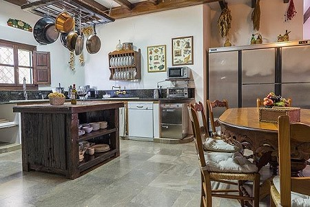 Image 12 | 10 bedroom farmhouse for sale with 13.5 hectares of land, Ronda, Malaga Costa del Sol, Andalucia 184057