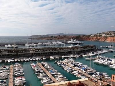 Image 16 | 4 bedroom villa for sale with 2,917m2 of land, Santa Ponsa, South Western Mallorca, Mallorca 184167
